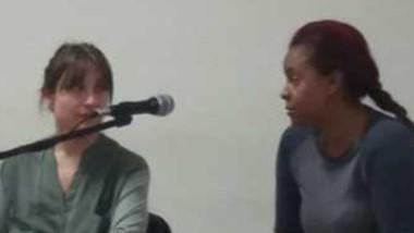 Anaisa Peña Valdéz junto a su defensora. Estará dos meses detenida.