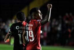 Colón venció 2-1 a Godoy Cruz en la Superliga para sumar su cuarto triunfo en 10 fechas.