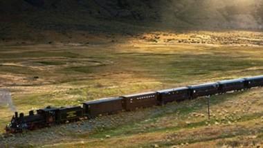 Los recientes recorridos, del Viejo Expreso Patagónico,  en el trayecto que une las estaciones de Esquel y Nahuelpan fueron con los vagones repletos de gente.