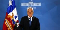 Piñera anuncia cambio de gabinete, proponer fin del estado de emergencia y rebajar precios del TAG.