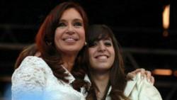 Cristina Kirchner viajará a Cuba para visitar a su hija autorizada por la justicia.