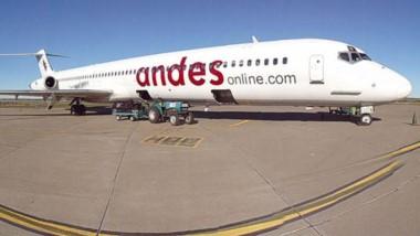 Andes suspendió sus vuelos en todo el país por un plazo de diez días.