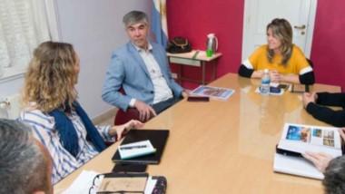El titular de la Agencia de Desarrollo, Hugo Schvemmer, encabezó el encuentro