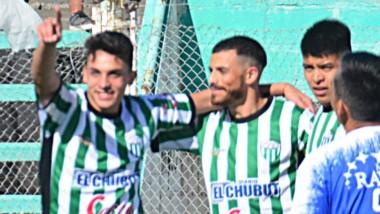 Rodrigo Ríos celebra su gol, el primero de Germinal, junto a Darío Pellejero, autor del segundo tanto germinalista en la tarde de ayer.