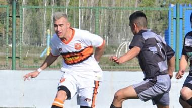 Mar-Che, sin jugar, clasificó a cuartos de final por el triunfo de Independiente ayer en el CeDeTre.