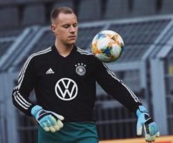El guardameta aseguró que no tiene ningún problema personal con Neuer y que tratará de ponérselo difícil a Löw para ganarse la titularidad.
