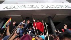 Protesta llegó a la Asamblea Nacional en Quito.