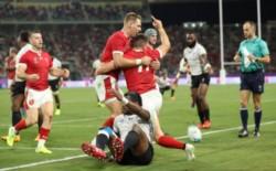 Los Dragones Rojos de Gales superaron 29-17 a Fiji y acumulan 3 triunfos en 3 partidos.