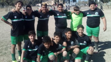 La séptima fecha del torneo infantil se disputó en la cancha de Defensores del Moreira de Trelew.