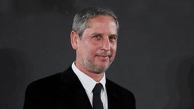 Guillermo Martínez,  escritor y matemático argentino.