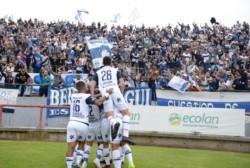 Infernal el pueblo de Gimnasia gritando el gol de Coronel en el 1-0 parcial ante Aldosivi.