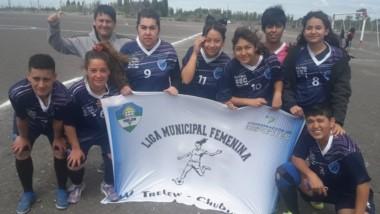 SEC y Deportivo Guille jugarán la final de la Liga Municipal Femenina.
