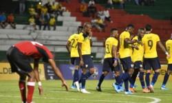 Ecuador se repone de la goleada ante Argentina, con triunfo sobre Trinidad y Tobago.
