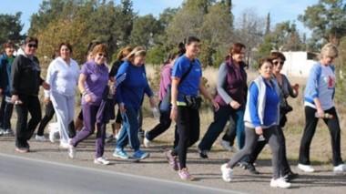 la actividad aeróbica de concientización  sobre la diabetes fue organiza por el Hospital Zonal de Trelew.