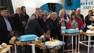 Arcioni hizo la inauguración de más de 3.000 metros cuadrados de pavimentos en las calles de la localidad.