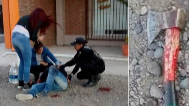 Momentos en que se producía la intervención policial y el secuestro de un hacha de mano, usada en el hecho.