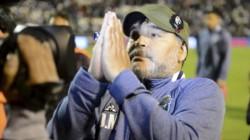 Con la promesa de la unidad convencieron a Maradona para que este viernes vuelva al Lobo.