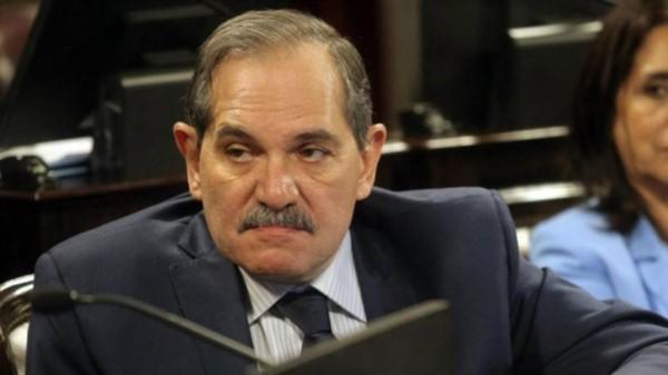 La sobrina del senador José Alperovich lo denunció por violación