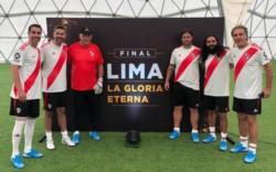 """Ángel, Yepes, Pumpido, Cavenaghi, Sorín y Ruggeri, el equipo de las """"Leyendas"""" de River en Lima."""