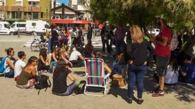 Los autoconvocados ayer en Puerto Madryn hicieron una serie de planteos y reclamos para la ATECh.