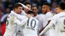 Bayern Munich mantuvo su paso perfecto con el DT interino Hansi Flick luego de que superó 4-0 a Fortuna Düsseldorf.