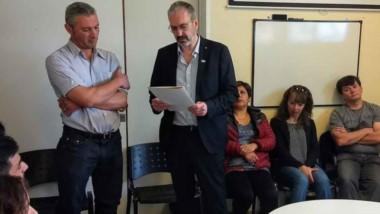 El ministro de Salud en la localidad cordillerana para poner en funciones al nuevo director del Hospital.