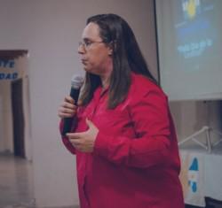 Alejandra Vázquez estuvo siempre ligada a la política a través de su activa militancia en el Partido Justicialista.