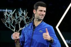 Djokovic levantó el trofeo en Paris, su título 34 en ATP 1000, y buscará en Londres superar a Nadal en el ranking.