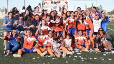 Ayer, vencieron por 2-1 a Alianza Fontana Oeste y obtuvieron una nueva corona liguista. La anterior ocurrió en el Apertura del año pasado.
