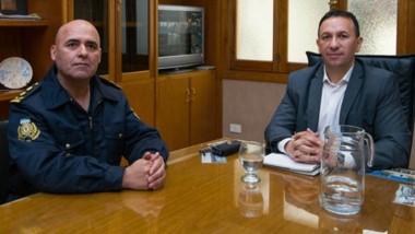 Dúo. El comisario mayor y el intendente discutieron nuevas formas de colaboración contra la inseguridad.