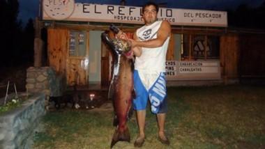 Se han capturado salmones con un promedio de 8 y 11 kilos.