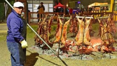 Gran participación popular en la XXIV Fiesta Nacional del Cordero.
