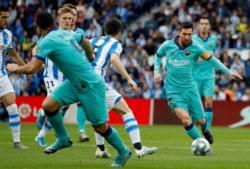 Vuelven los fantasmas, los azulgranas con Messi no pueden en Anoeta.