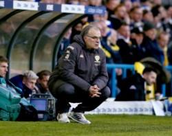 ¡No se puede creer lo del Leeds! El equipo de Bielsa ganaba 3-0 de local, ¡pero el Cardiff le empató 3-3 sobre la hora y con un jugador menos!