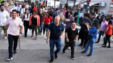 Inauguración. El intendente Gustavo Sastre y los primeros minutos de una Peatonal que sirve a todos.