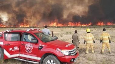El incendio de ayer fue controlado poco después de las 19.30, pero se haría una guardia por precaución.