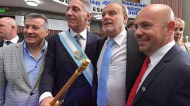 Barba. El exintendente de la ciudad petrolera estuvo presente en la asunción de Arcioni en Legislatura.