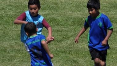 """""""El Aguante"""" organiza para hoy, mañana y el sábado, un torneo Interprovincial de fútbol infantil en Trelew."""