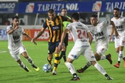 Central Córdoba busca una victoria clave ante Rosario Central.