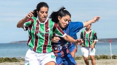 AFO y El Trico jugarán la final femenina del Fútbol Playa en Madryn.