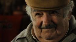 """""""Las mujeres son menos pelotudas que los hombres"""", se despachó Pepe Mujica."""