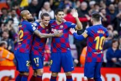 Con una genialidad de Leo Messi, Barcelona goleó 4-1 al  Alavés  y cerró el 2019 como líder de La Liga.