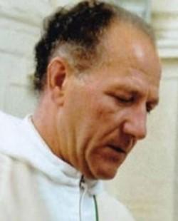 Roger Matassoli tenía 91 años y había sido acusado hace años de haber abusado sexualmente entre los años 1960 y los 2000 a 4 niños, incluidos su presunto asesino y su padre.
