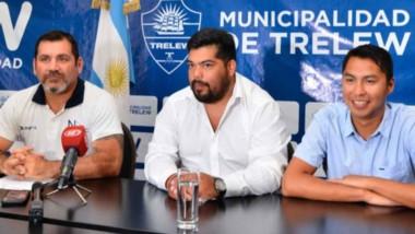 Alejandro Vargas, Javier Córdoba  y Mario González realizaron ayer el lanzamiento de las Colonias de Verano.