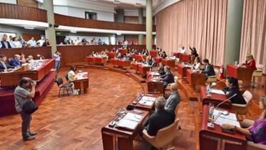Con los votos del oficialismo. El Presupuesto 2020 y algunos otros puntos dentro de la sesión extraordinaria fueron aprobados sólo con la mayoría de la bancada oficialista.