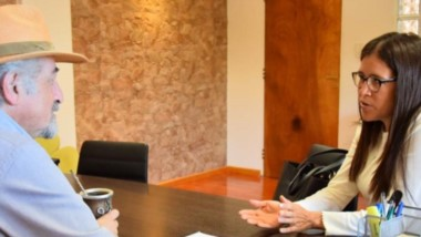 Gabriela Córdoba dialogó con Othar  Macharashvilli sobre su desafío de nadar en las aguas de Malvinas.