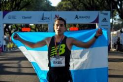Arbe se consagró este año como campeón argentino de medio maratón y fue el mejor argentino en el Maratón de Buenos Aires.