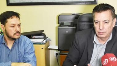 Beneficio. Rodríguez (izquierda) y Sardá explicaron cómo se puede hacer para obtener el descuento.