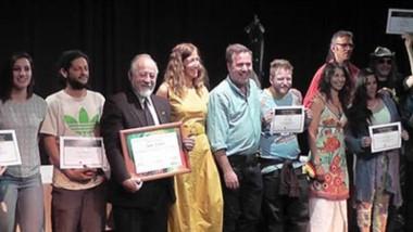Reconocimiento. Artesanos y músicos fueron distinguidos por las autoridades de El Bolsón.