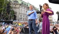 Macri lloró en su despedida y se fue